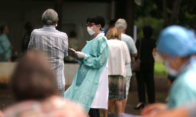 Brasil registra 2.433 casos confirmados e 57 mortes por coronavírus
