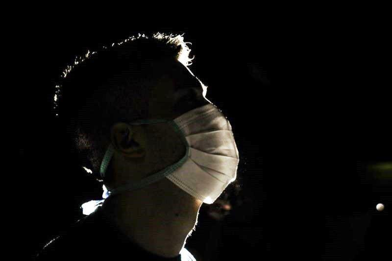 Brasil ultrapassa mil mortes por coronavírus em 24 horas e chega a 17.971 óbitos