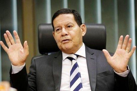 Mourão defende retorno de prisões após condenação em 2ª instância