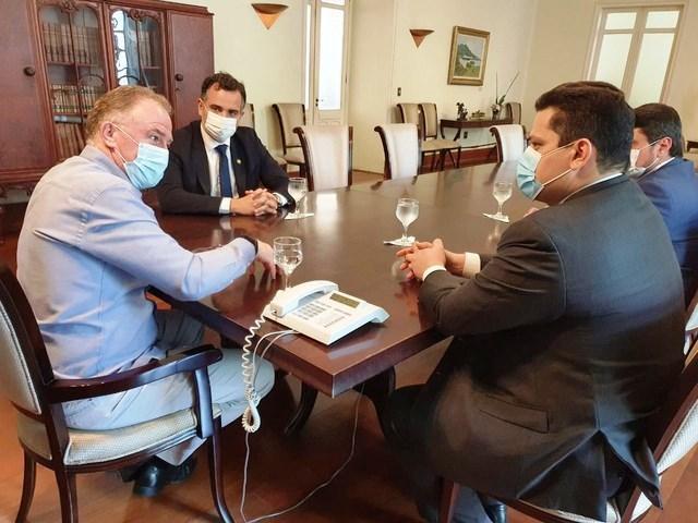 Casagrande recebe presidente do Senado, Davi Alcolumbre