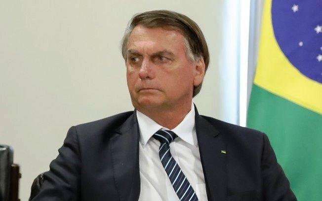 """Bolsonaro afirma que """"é bom estar na frente de uma nação 90% cristã"""""""