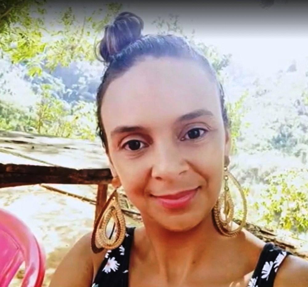 Suspeito de matar ex-mulher com golpes de facão na frente dos filhos é preso no ES