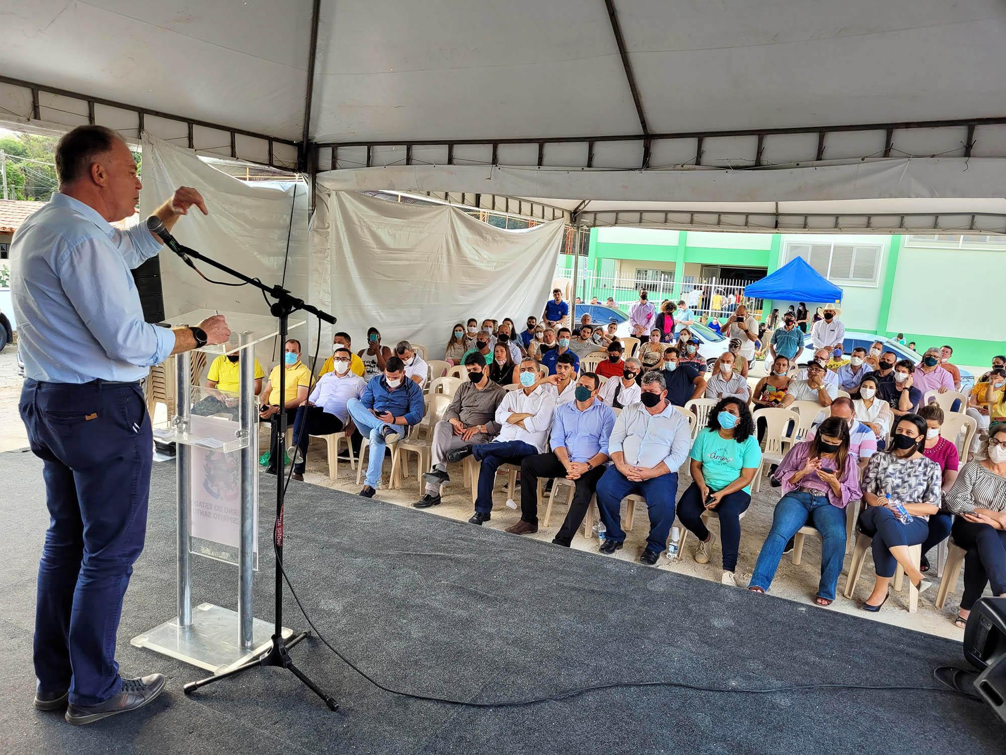 Casagrande entrega obras e anuncia mais investimentos para Governador Lindenberg