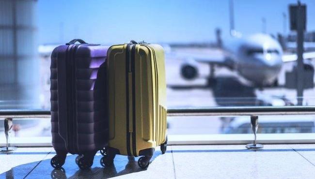 55% dos brasileiros querem viajar nos próximos 6 meses; praia é local preferido