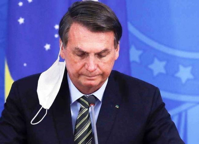 Bolsonaro confirma que passará por nova cirurgia para corrigir hérnia