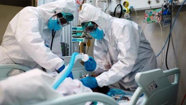 Brasil recebe 2,3 milhões de kits de intubação vindos da China e serão distribuídos aos estados