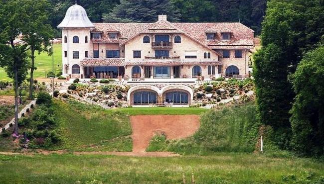 Família Schumacher coloca casa à venda por R$ 400 milhões, diz revista