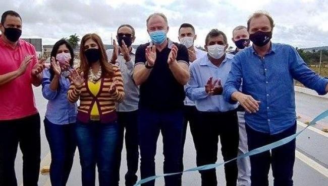 Governo do Espírito Santo entrega obras de reabilitação da Rodovia ES-130 em Pinheiros