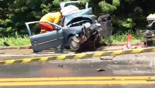 Homem morre e sete pessoas ficam feridas em grave acidente na BR-101