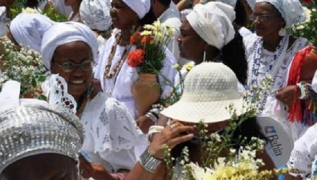 Mãe perde guarda da filha após menina passar por ritual do candomblé