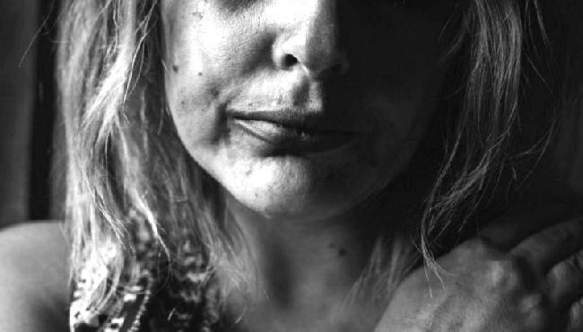 """""""Meu marido me traiu com cinco homens, mas ainda não tive coragem de me separar"""""""